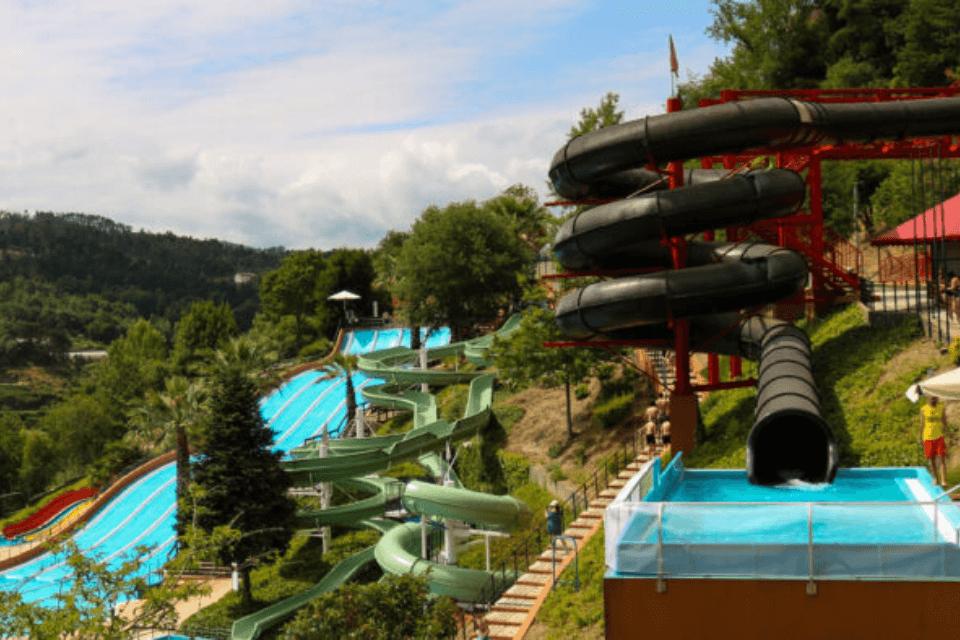 O maior parque aquático de montanha da Península Ibérica está de volta